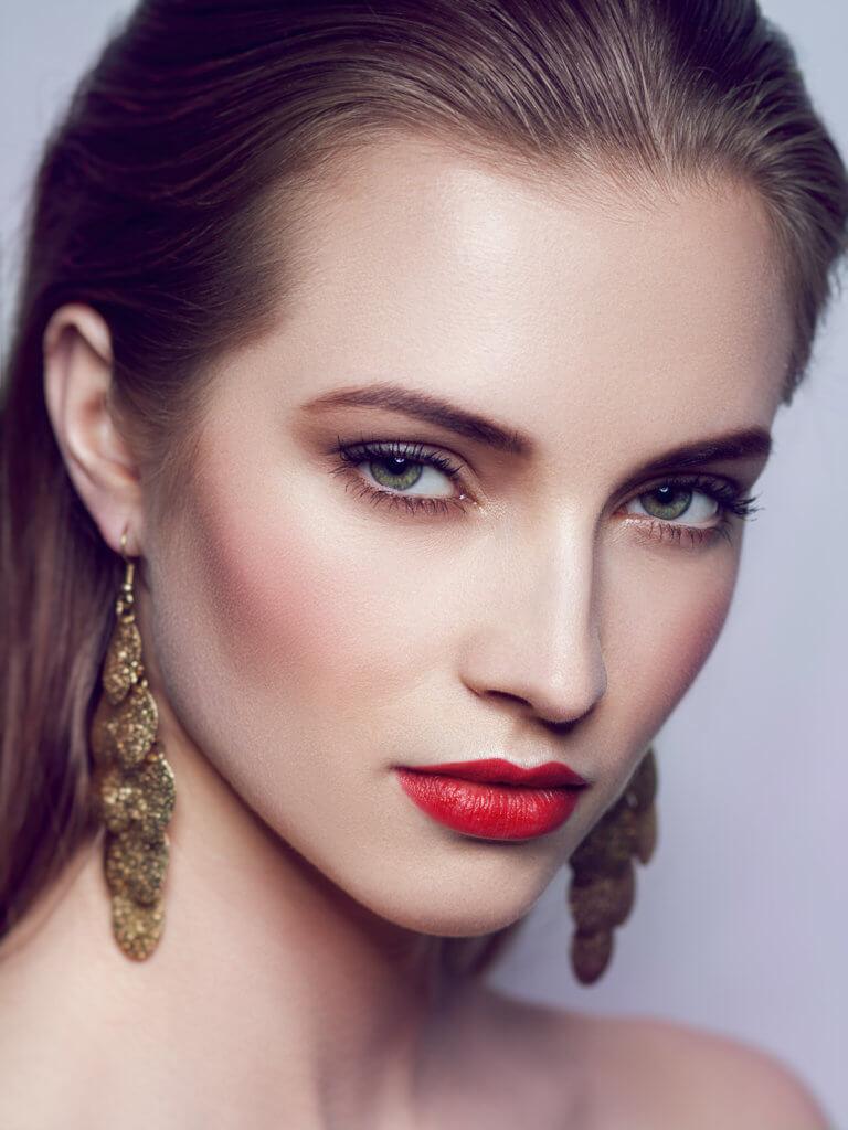 czerwone usta makijaz fotograficzny warszawa